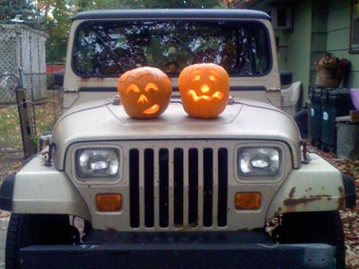 pumpkinjeep.jpg
